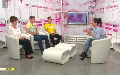 Predstavitev videospota dijakov Gimnazije Ilirska Bistrica Dovolj! v oddaji RTV Slovenija Dobro jutro