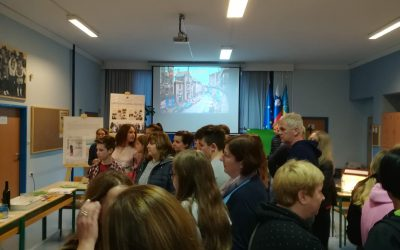 Gimnazija Ilirska Bistrica se predstavi na tržnici srednjih šol